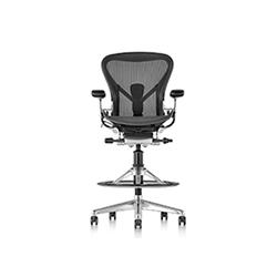 艾龙高脚椅 比尔·施通普夫  herman miller家具品牌