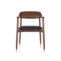 交叉餐椅 利欧信工作室  herman miller家具品牌