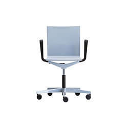 .04 职员椅 马尔登·范·塞夫恩  vitra家具品牌