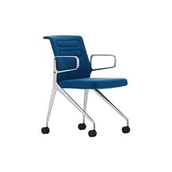 AC 5 洽谈椅 安东尼奥•奇特里奥  vitra家具品牌