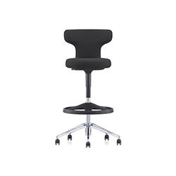Pivot 柜台吧椅 安东尼奥•奇特里奥  vitra家具品牌