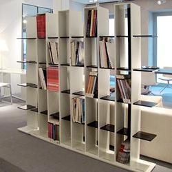 文化盒储物柜 何塞·马丁内斯·梅迪纳  装饰架