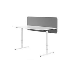 Scala Table办公桌屏风卡位 斯特凡·博尔塞利乌斯  办公屏风