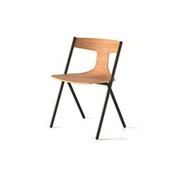 QUADRA餐椅/洽谈椅 马里奥费拉里尼  培训家具