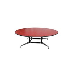 伊姆斯圆桌 eames round table