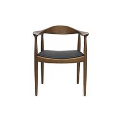 肯尼迪椅 汉斯・魏格纳  Hans Jørgensen Wegner 汉斯・魏格纳