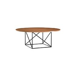 LC15 table 勒·柯布西耶  餐桌