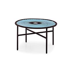Banjooli餐桌 塞巴斯蒂安·赫克纳  户外椅