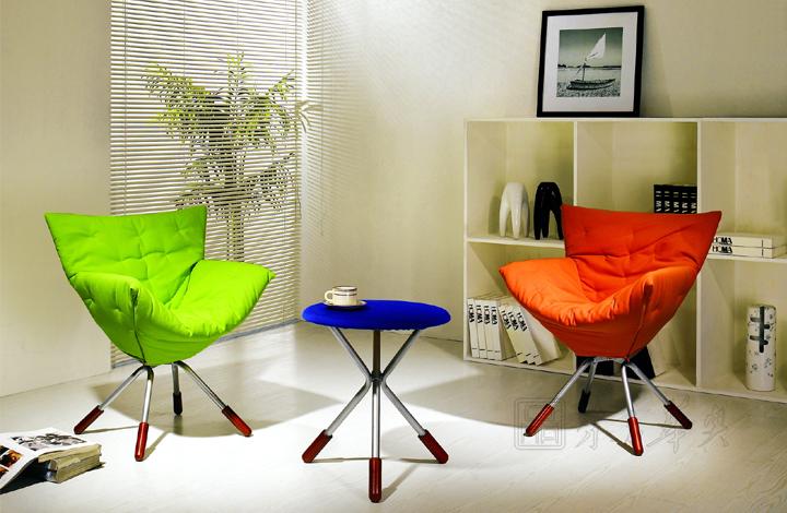 设计颜色椅脚搭配大方,适合各类人群及不同年龄段,满足休闲家具的设计